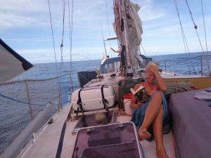 Line laeser paa fordaekket, mod Kap Verde