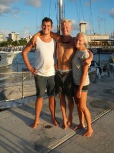Den nye besætning. Nicolai (Emils kammerat fra ftx) Emil og LIne, San Juan lige før afgang mod den Dominikanske, en tur på ca. 2 døgn