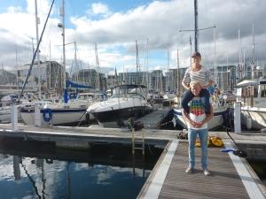 Venter på Kjell, Harald og Cassiopeia, Plymouth.